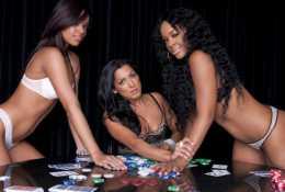 MCM lance une émission de Strip Poker